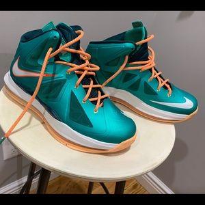 Nike Lebrun X10 Atomic Teal Youth Sneakers